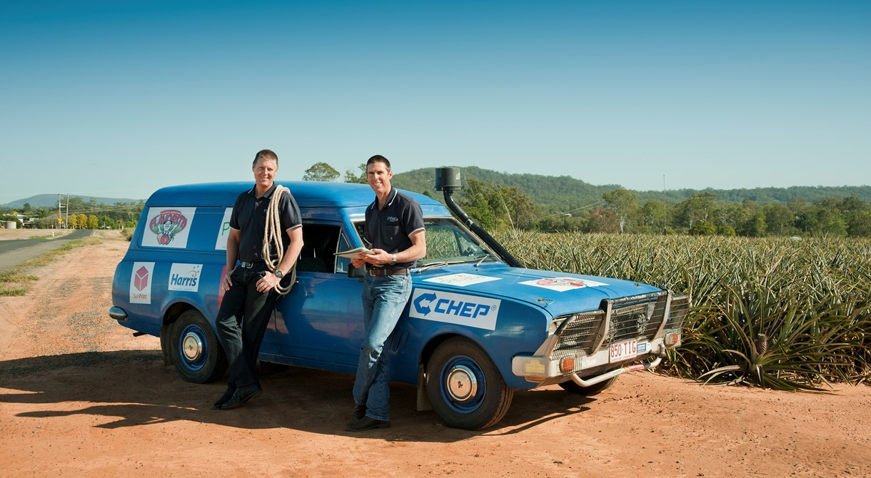Gavin and Stephen Scurr with the Outback Car Trek vehicle, Roy the HG